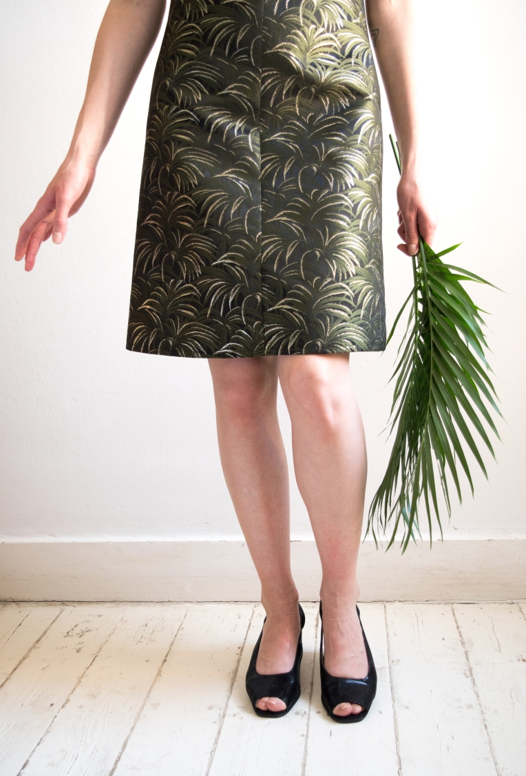 Chloe-Mullaney-House-of-Hackney-Metallic-Palmeral-60s-Shift-Dress-8