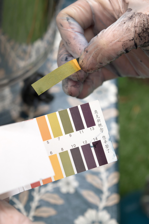 shibori-dying-natural-indigo-dye-9