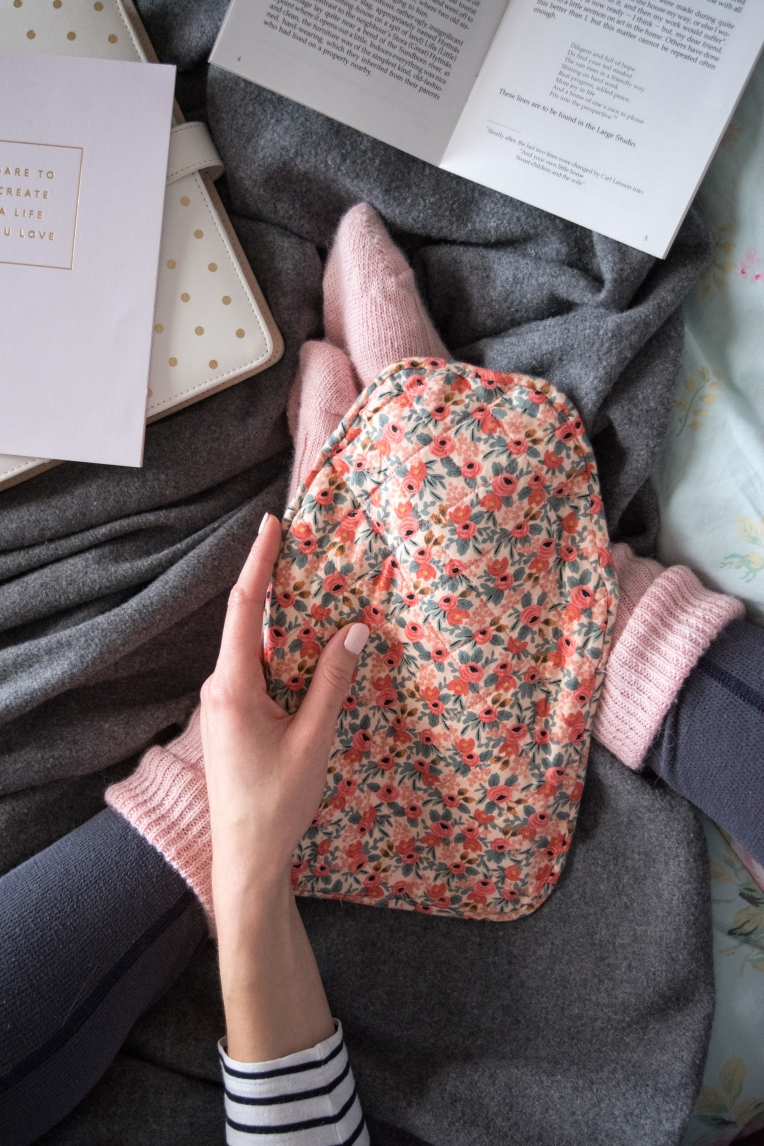 GET COSY WITH A QUILTED HOT WATER BOTTLE COVER [DIY TUTORIAL ...